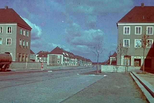 Stadt des KdF-Wagens in Farbe 1942